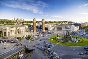 Wer mit dem Auto nach Spanien fährt kommt eventuell zu diesem mehrspurigen Kreisverkehr in Barcelona