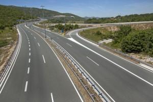 Autobahnstrecke, die man beim Urlaub mit dem Auto nach Kroatien sieht