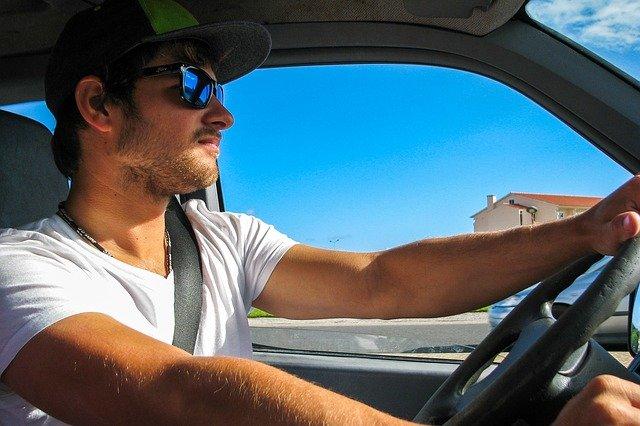 Kfz-Versicherung Junger Fahrer