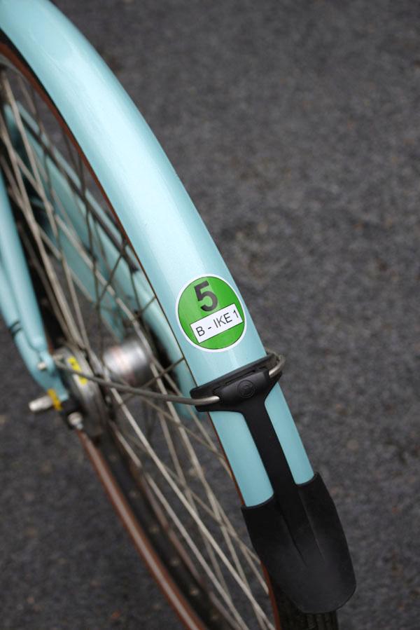 Umweltplakette am Fahrrad
